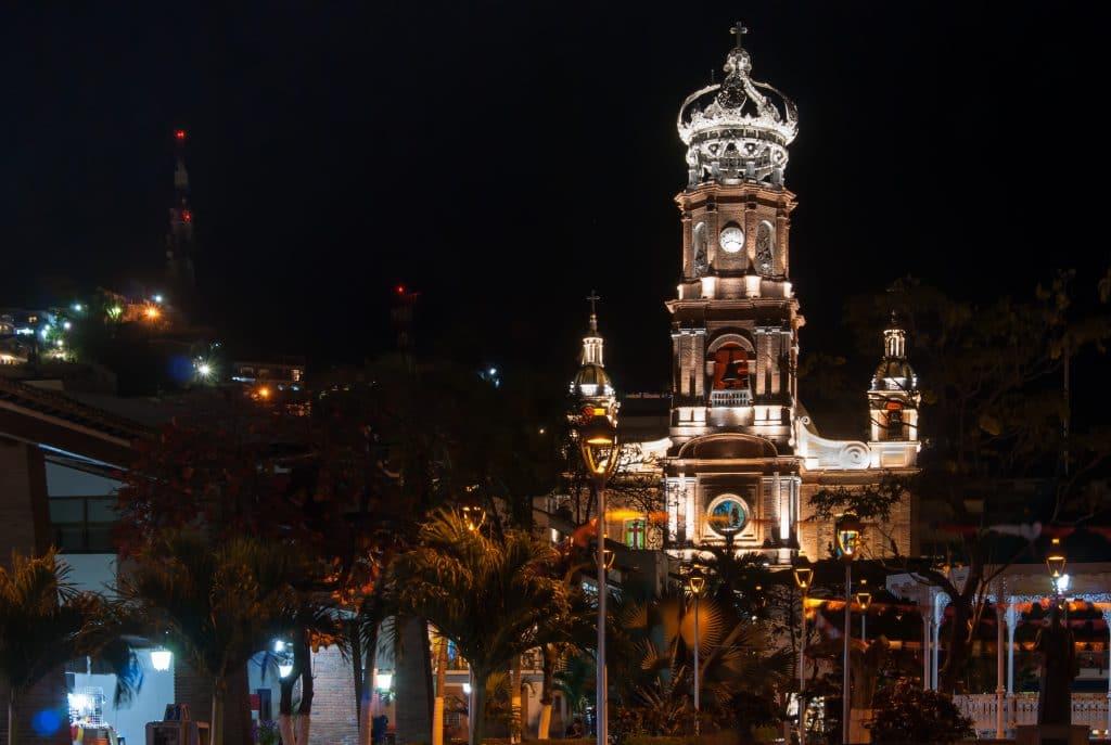 Krystal International Vacation Club Invites Members to Puerto Vallarta Vacation (1)